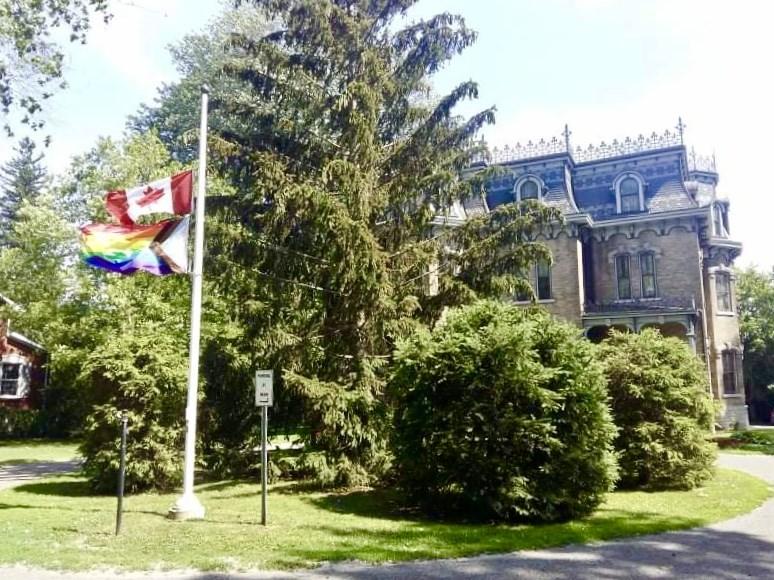 Inclusive Pride flag outside Glanmore